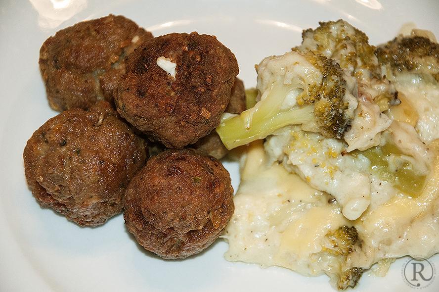 Keftedes - Fleischkloeschen aus Griechenland