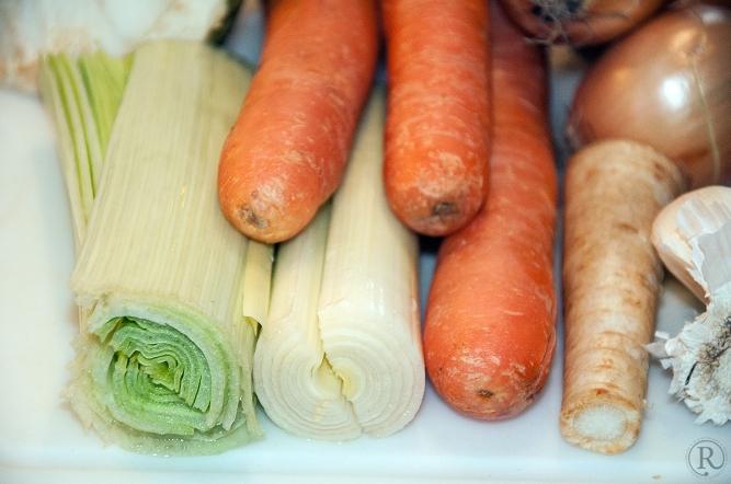 Das Gemüse nur waschen und kleinschneiden