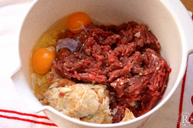 Fleischklöschen mit Rosenkohl und Kartoffelstampf