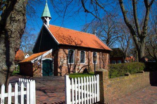 nochmal die alte Kirche...
